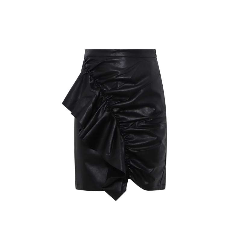 FAUX LEATHER SKIRT WITH DETAIL