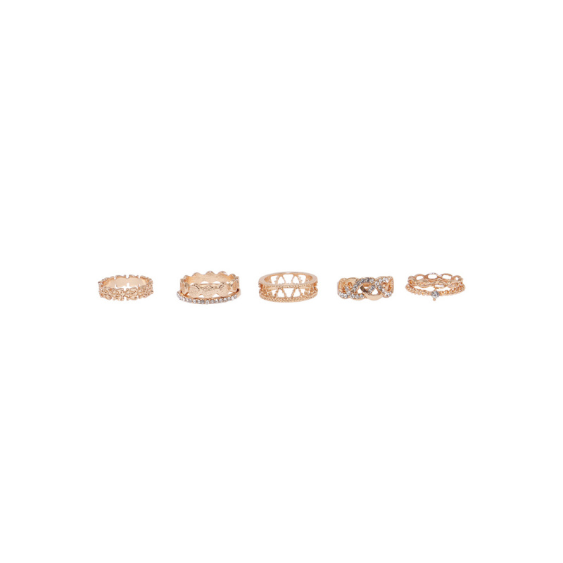 RINGS SET WITH CRYSTALS