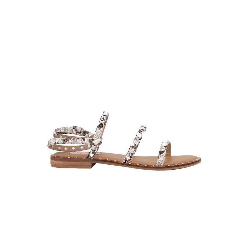FLAT SANDALS WITH STUDS