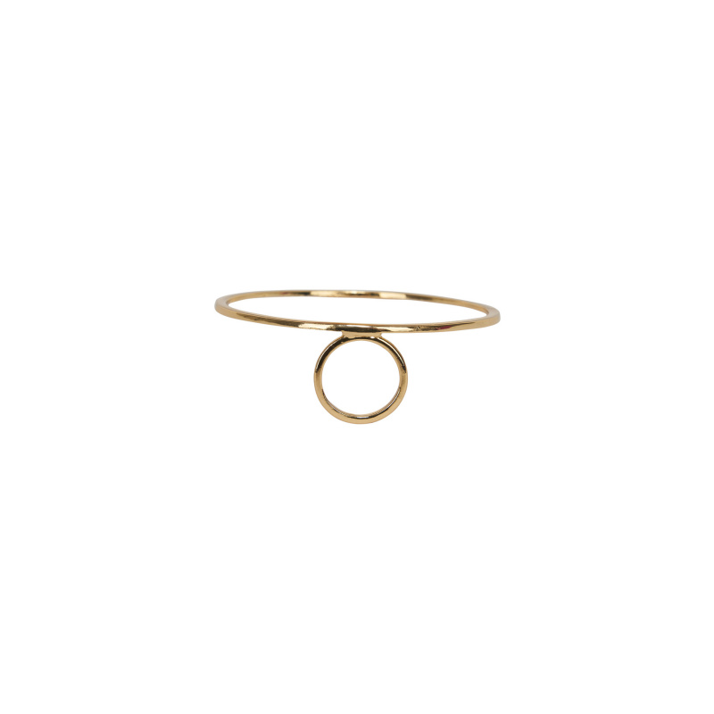 RING WITH CIRCLE